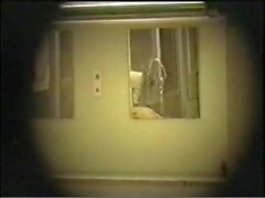 spy cam dans les infirmières JP dortoir - 3 sur 4