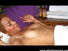 Vicki chasse massage très agréable labia