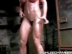 Ashlee breaks free