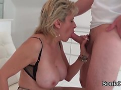 Unfaithful british mature lady sonia pops out her gigantic n