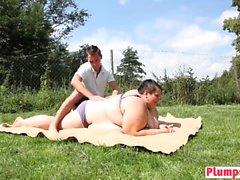 Outdoor Date Bbw Short Hair Chick Blows Big Cock