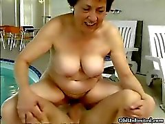 Nasty old slut goes crazy sucking part3