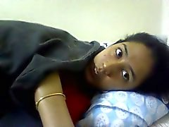 Masturbándose niña india - nicolo33