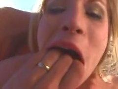 Ella es un monstruo de la cogida (sexy1foryou)