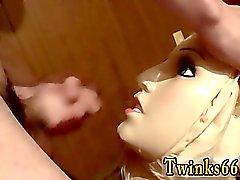 Emo Gay по для подростков пар школы Кукла поссать
