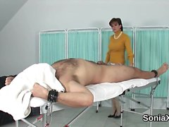 Unfaithful uk milf lady sonia exposes her huge titties