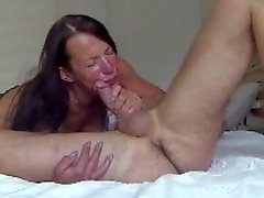 milf gives sloppy bj