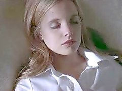 Mena Suvari naakt in American Beauty