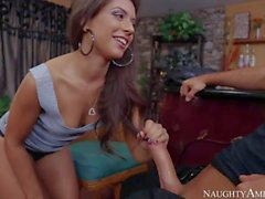 Jynx Maze gets nailed by Chad White