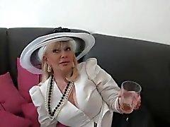 Granny Threeaome