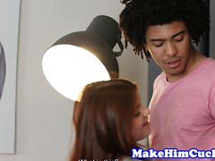 gf Redhead pone los cuernos a su novio mientras restringido
