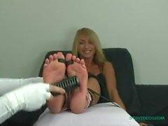 STG - Alesha bare (tickling feet)