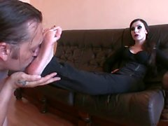 Foot Goddess Bojana gets her feet worshiped