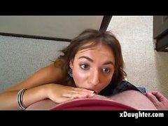 Yüz sikiş Pretty Brunette Genç Kız Point of VIew