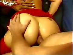 spontaneous xxxtasty in reverse gangbang