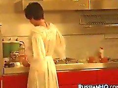 Russians mit einem Strapon