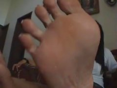 asian feet long toe nails