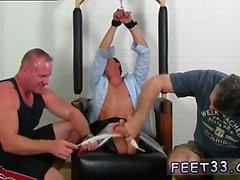 Gay ordu adamları yalamak ayakları Gordon Bound & Tickle d