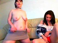 Fick große Brüste lesbisch