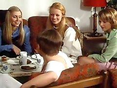 Schulmadchen - Rapor 11. (1976)