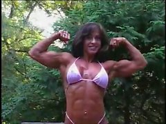 Karen Zaremba Female Bodybuilder 01