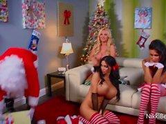 Nikki Benz, Jessica Jaymes & Amy Anderssen Fuck Santa!