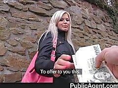 PublicAgent - Blonde perseestä yleisiä käymälöitä