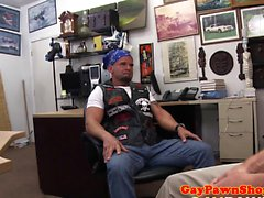 Amateur mature biker assdrilled by pawnbroker