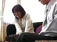 Mogen asiatisk kvinna