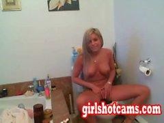 sexy babe natasha webcam show online