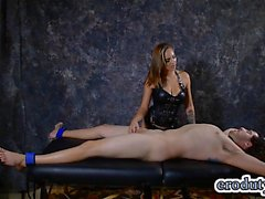Hot pornstar handjob and cumshot
