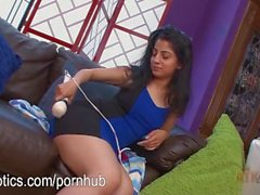 Nadia Ali Vibrating Her Little Clit