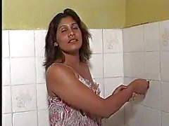 MILF bathing