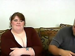 Overweight slut gets her clean shaved pussy nailed on camera