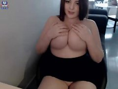 Busty masseuse jizzed on her big boobs