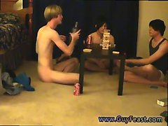 Gay jalat twink matkapuhelimellasi vapaa lähetysseurantapalvelu ja Vilhelm saada yhdessä wi
