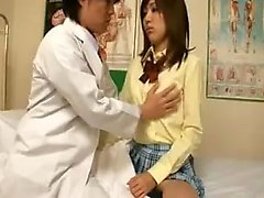 Dazzling Japanese girl has a kinky doctor driving her peach