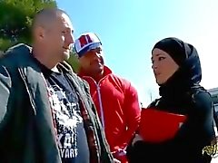 Tourist from France fucked Turkish woman in hijab