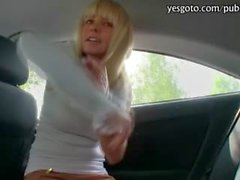 Amateur Czech girl Bela fucked in the backseat of her car for some cash
