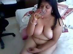 Indian Aunty 1061