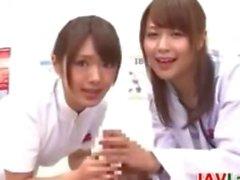 L'infirmière Japanese pervers Et le docteur Point de vue