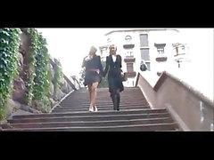 Смазливая русский косичками блондинку лесбиянки играют 7