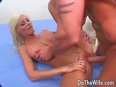 Swinger Wife Puma Swede prend un coq épais