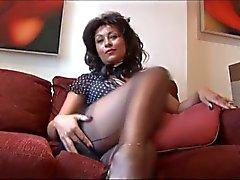 Di Danica Collins tacchi alti che mostrano la figa e le tette
