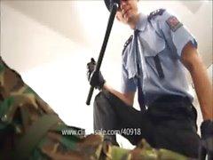 la brutalidad policial 1 a 046