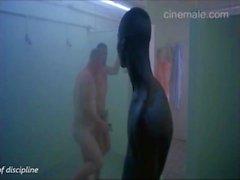 Ambiance dans la douche de la chambre des hommes (part1) grande compil de films grand public!
