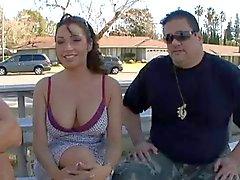 Femme baisée devant mari