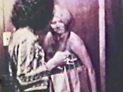 Lesbian Peepshow Loops 563 1970's - Scene 3