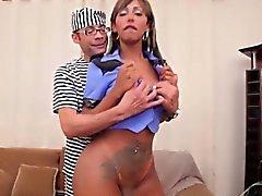 Ebony shemale twerking her bigbooty
