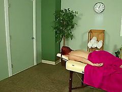 Masseuse shows client why she's so extremely recomended